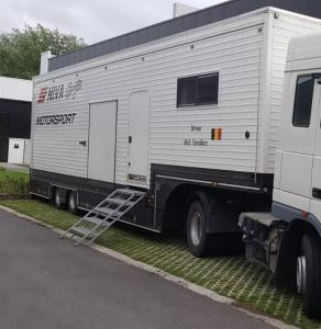 Racetrailer with tent