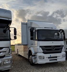 Mercedes Race transporter with 2500kg tail lift /Office & slide out