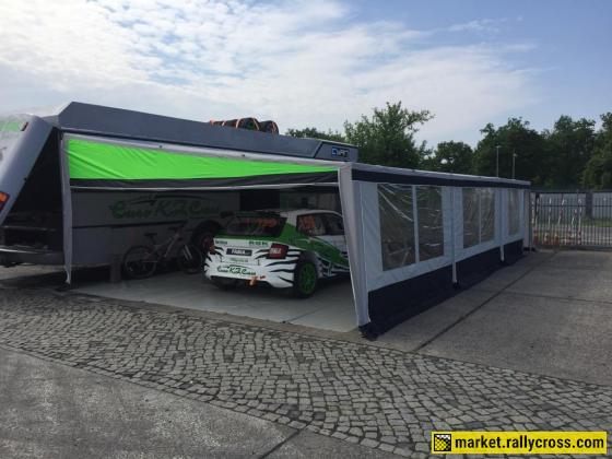 Race bus camper
