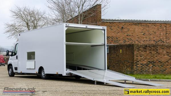 Racetruck – Enclosed Race Car Transporter