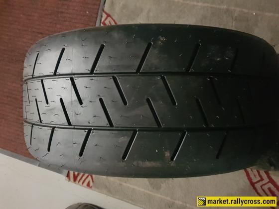 Reifen / Tire