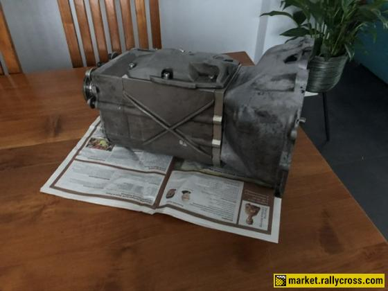 Sellholm M4700 5-speed dogbox 1 rally old.