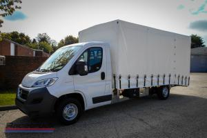 Racetruck – Covered Car Transporter